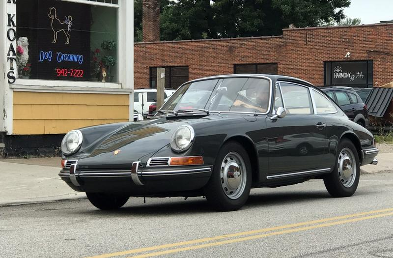PCA Garage - Slate Gray 1967 911 Porsche
