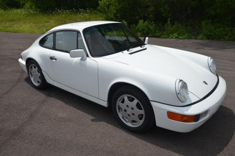 PCA Garage - Grand Prix White 1991 964 C2 Coupe Porsche