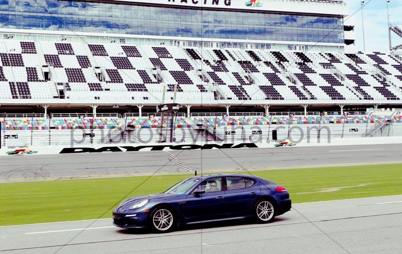 PCA Garage - Yachting Blue Metallic 2014 Panamera Porsche