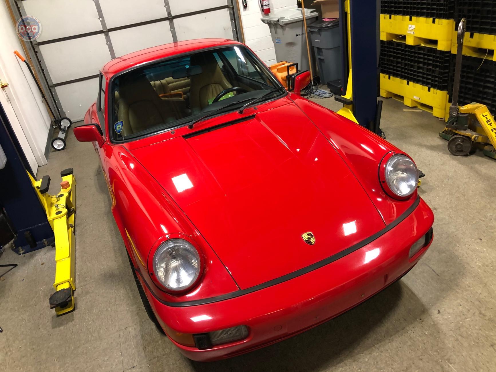 PCA Garage - 1990 911 Carrera 4 (Projekt 964) Porsche