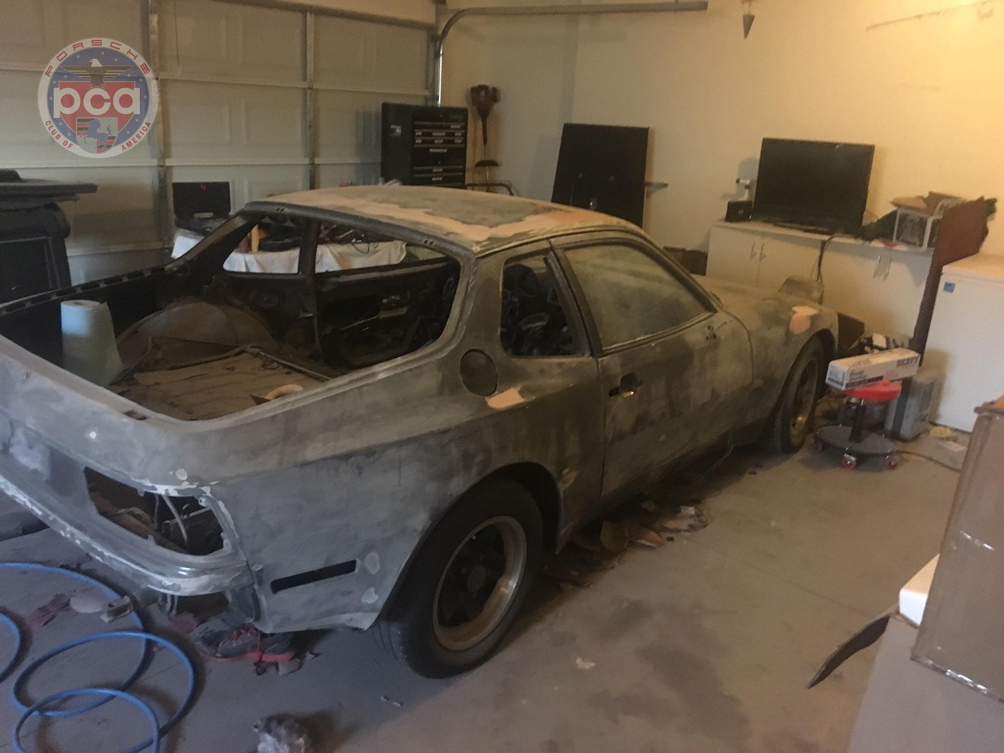 PCA Garage - 1984 944 Porsche
